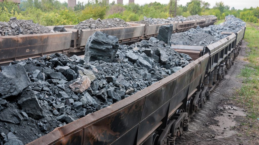 استخراج سنگ آهن از معدن